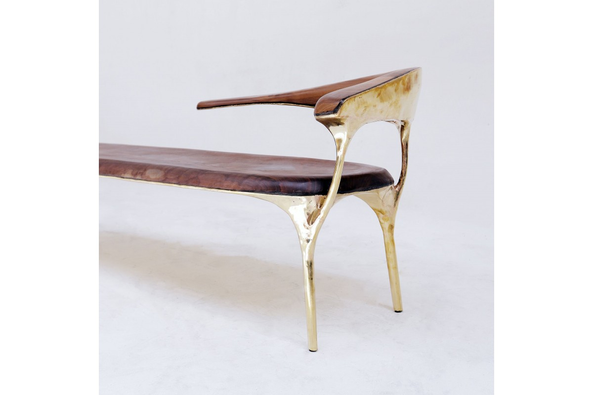 <a href=https://www.galeriegosserez.com/gosserez/artistes/loellmann-valentin.html>Valentin Loellmann </a> - Brass - Lounge Chair